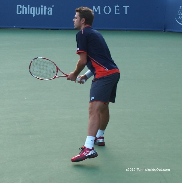 Stanislas Stan Wawrinka ass bum butt backside pictures photos black shorts kit red shiny shoes Cincinnati