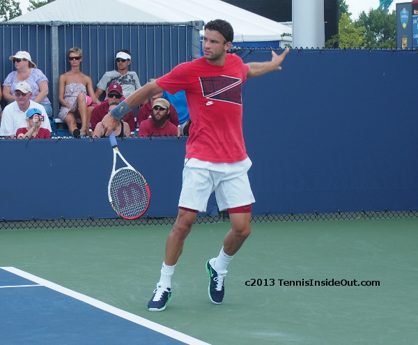 Grigor Dimitrov one handed backhand photos red shirt Wawrinka practice Cincinnati