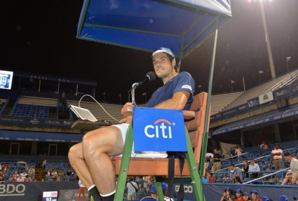 Tommy Haas acting as umpire