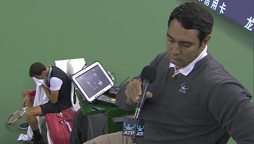Ali Nili stroking microphone Grigor Dimitrov Denis Istomin match Shanghai 2014
