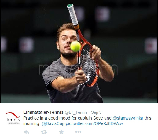 Stan Wawrinka funny practice Davis Cup Switzerland Italy  wrong end of racket 2014 pics