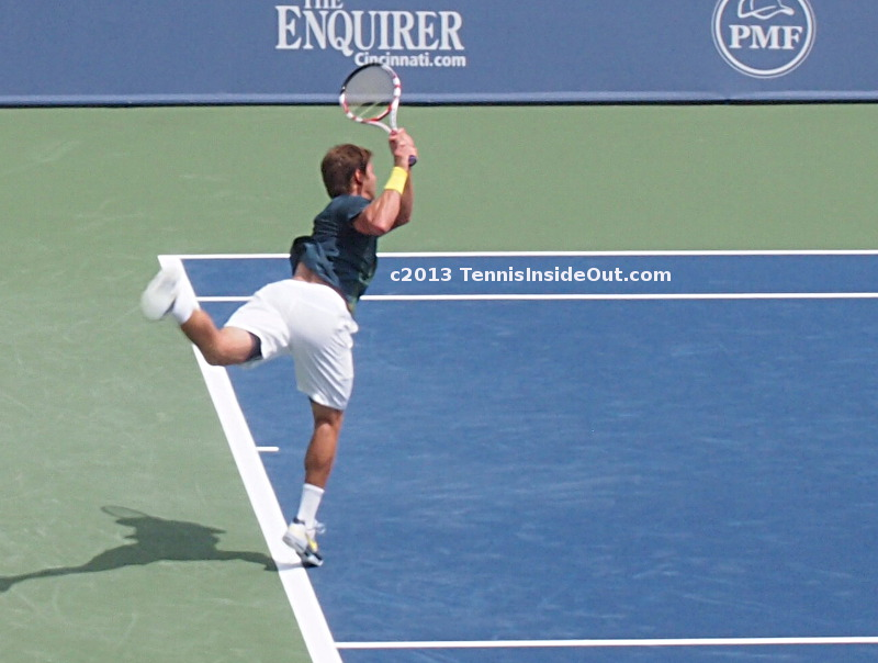 Ryan Harrison leaping backhand swing nice round ass bubble butt arse white shorts Ferrer match Cincinnati Western and Southern Open 2013 pics images photos